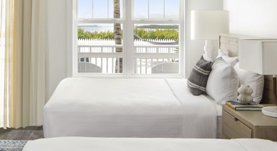 Waterfront | Double Queen Guest Room